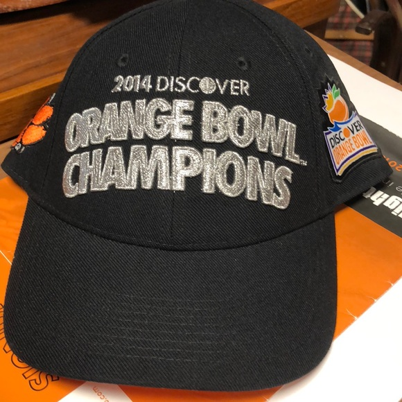abf6f978357 Clemson Tiger Nike Official Locker Room Cap 1 Size